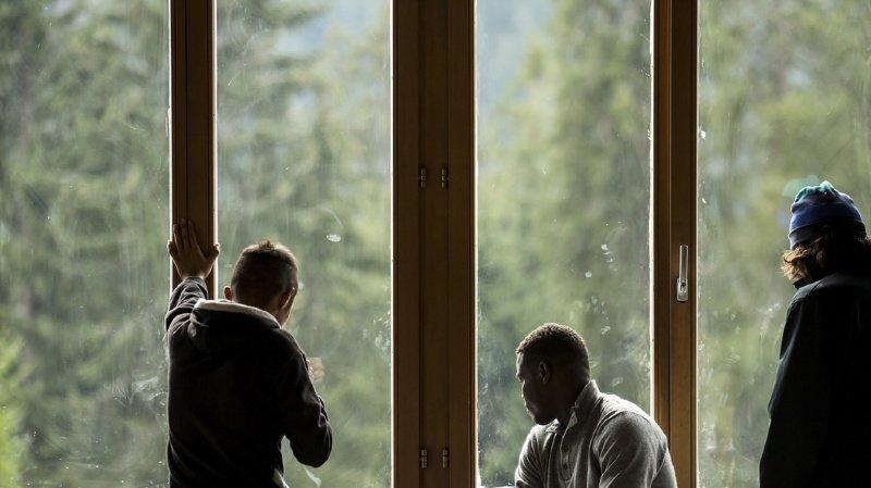 Migration: les demandes d'asile continuent de baisser en Suisse