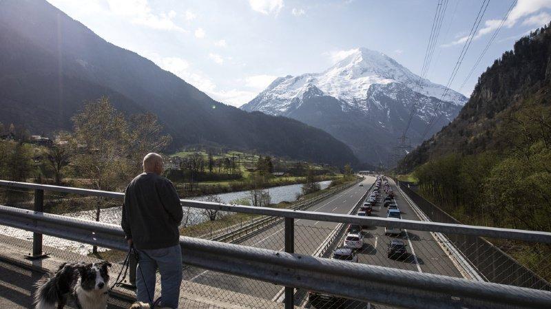 Circulation: le tunnel routier du Gothard fermé durant 90 minutes après une collision