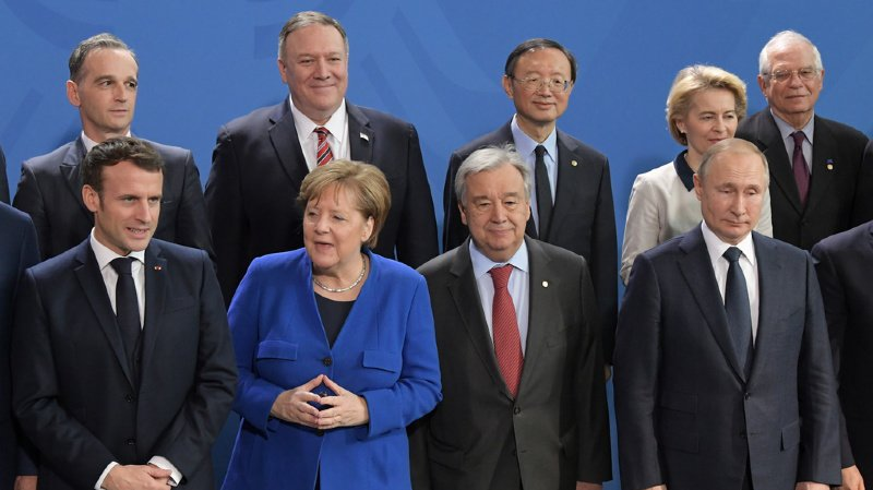 Les participants ont aussi promis de respecter enfin l'embargo sur les livraisons d'armes à la Libye.