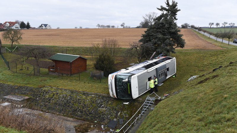 Accident d'un bus scolaire en Allemagne: 2 enfants sont morts