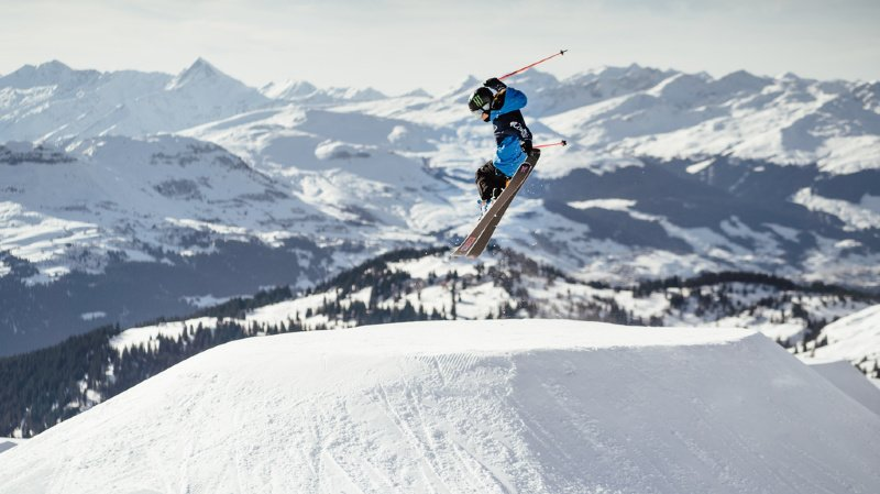 Ski freestyle: Sarah Höfflin décroche sa 3e victoire à Mammoth Mountain