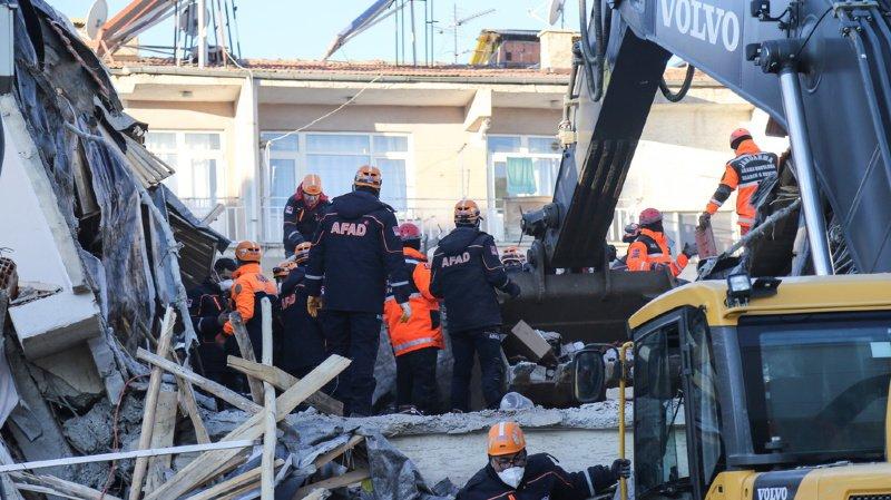 Turquie: le bilan du séisme dans l'est du pays grimpe à au moins 20 morts
