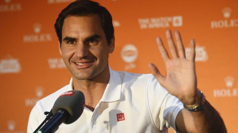 Roger Federer en conférence de presse après son arrivée mercredi au Cap, en Afrique du Sud.