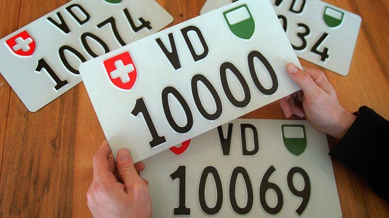Les Suisses dépensent des millions pour des plaques d'immatriculation spéciales