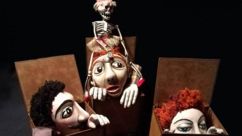Les marionnettes aussi sont amoureuses...