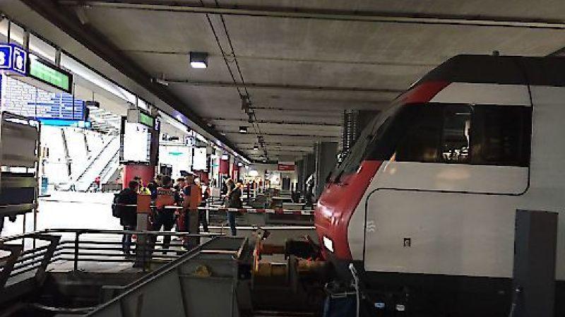 Le train arrivant de Zurich n'a pas réussi à freiner à temps à Lucerne.