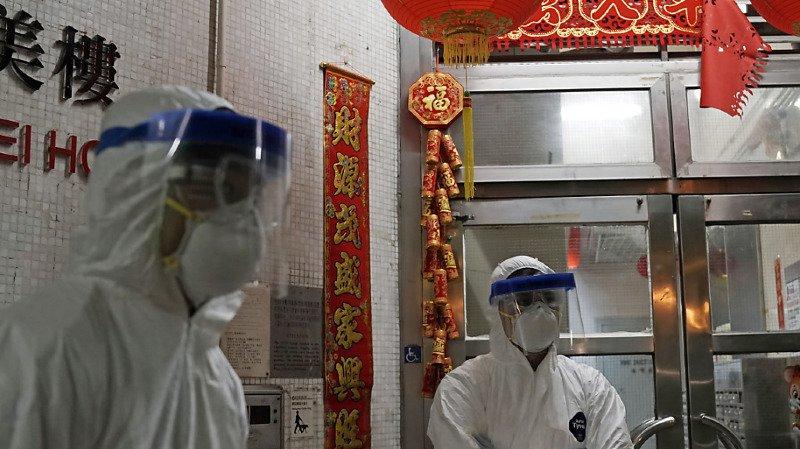 En dehors de la Chine continentale, le virus a en outre tué deux personnes, une aux Philippines et une autre à Hong Kong (illustration).