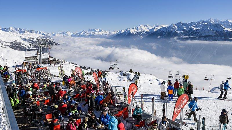 Accidents: 76'000 skieurs et snowboardeurs se blessent chaque année sur les pistes de ski suisses
