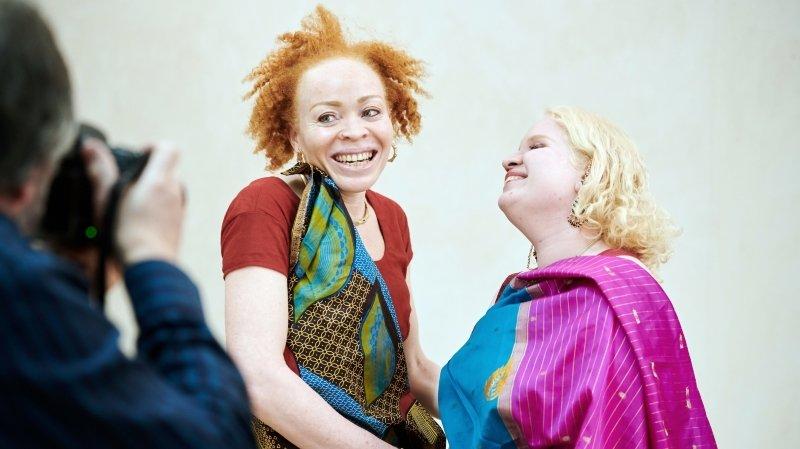 Un shooting photo à Neuchâtel pour raconter le quotidien des femmes albinos