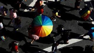Orientation sexuelle: pénaliser la discrimination?