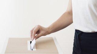 Pour ou contre le droit de vote sur demande à 16 ans pour les Neuchâtelois ?