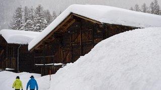 Météo: fortes chutes de neige attendues dans les Alpes