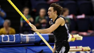 Athlétisme – saut à la perche: le Suédois Duplantis bat son propre record du monde en une semaine