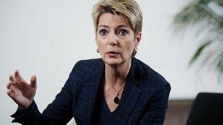 Karin Keller-Sutter a visité «ArcInfo»