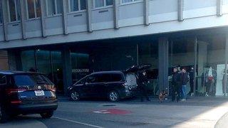 Neuchâtel: la police débarque chez Heidi. com et découvre du crystal