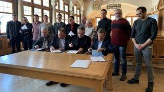 Un coup de fil aux conseillers communaux pour tout savoir sur la fusion entre Les Brenets et Le Locle