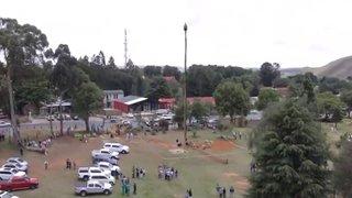 Dans un tonneau perché: un Sud-Africain en quête de record