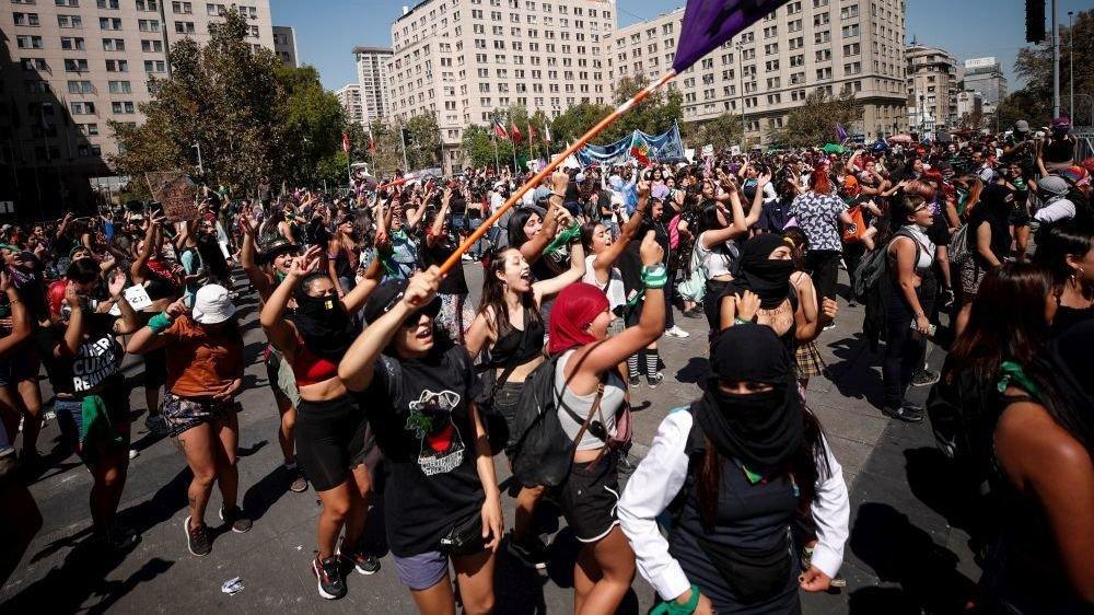 Au Chili, 7 millions de femmes étaient dans les rues à l'occasion de la journée du 8 mars.