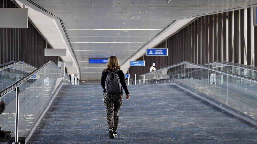 Le coronavirus oblige aux rapatriements et aux annulations de voyages.