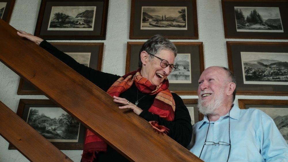 Marie et Pierre-André Delachaux seront nommés citoyens d'honneur de Val-de-Travers. Portraits alors qu'ils préparent Môtiers Art en plein air 2020.