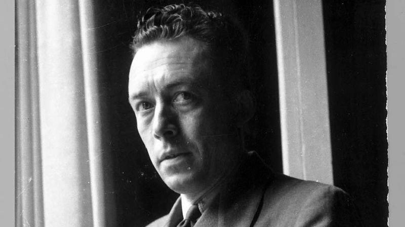 En 1960, Albert Camus meurt dans un accident