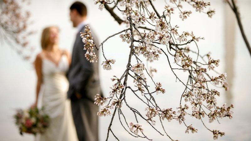 Le mariage d'un couple neuchâtelois en pleine crise du coronavirus