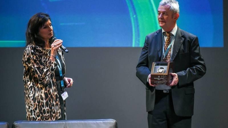 22e Journee internationale du marketing horloger. Ici, Laetitia Vifian Benoit et François Courvoisier, membres du comité d'organisation.