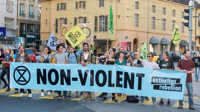 Des profs pour la désobéissance civile? Monika Maire-Hefti approuve