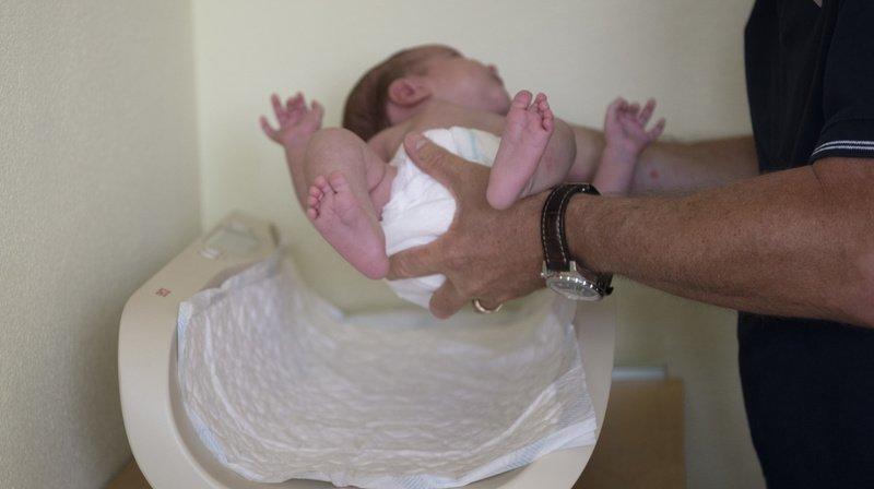 Naissance problématique: vers une prolongation du congé maternité