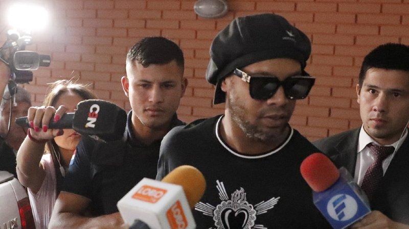 Le Ballon d'Or 2005 et l'ancien joueur du FC Sion avaient passé la nuit dernière en détention.