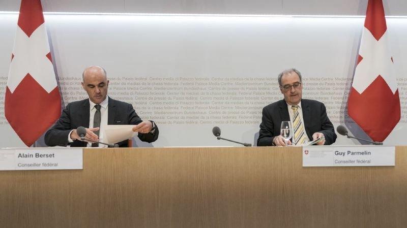 Le Conseil fédéral a annoncé des mesures supplémentaire lors d'une conférence de presser mercredi.