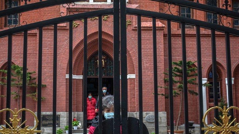 Coronavirus: des milliers d'urnes funéraires à Wuhan font douter du bilan officiel de décès