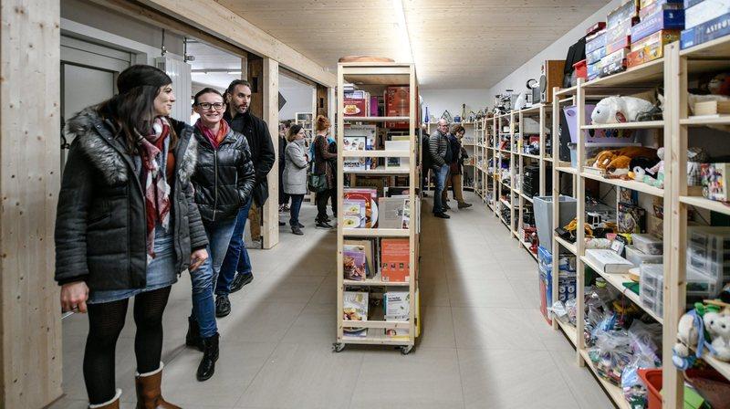Le Centre social protestant neuchâtelois tient boutique à La Chaux-de-Fonds, Neuchâtel et La Jonchère.