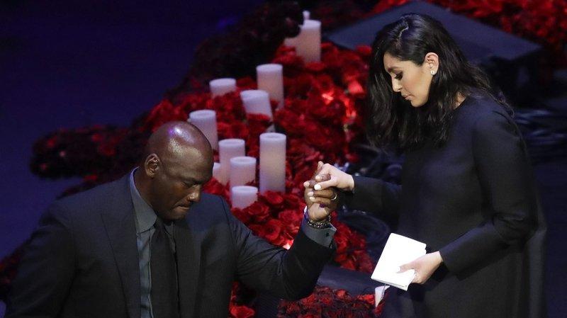 Des larmes pour les adieux à Kobe Bryant