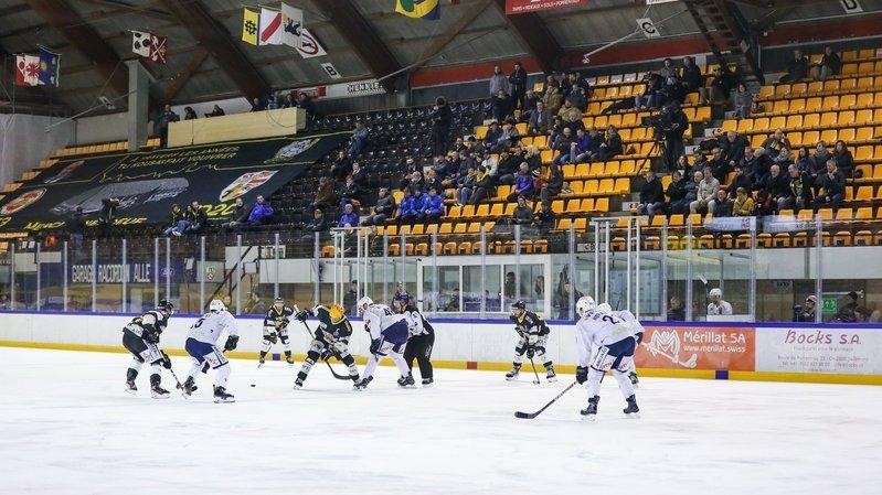 Joueurs et suiveurs du HCC pris à partie durant le match contre Ajoie