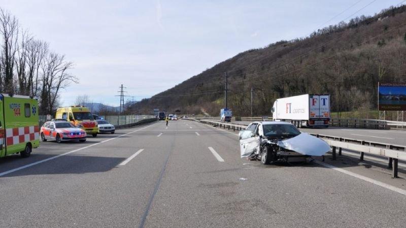 Soleure: une conductrice parvient à stopper un bus hors de contrôle sur l'A1