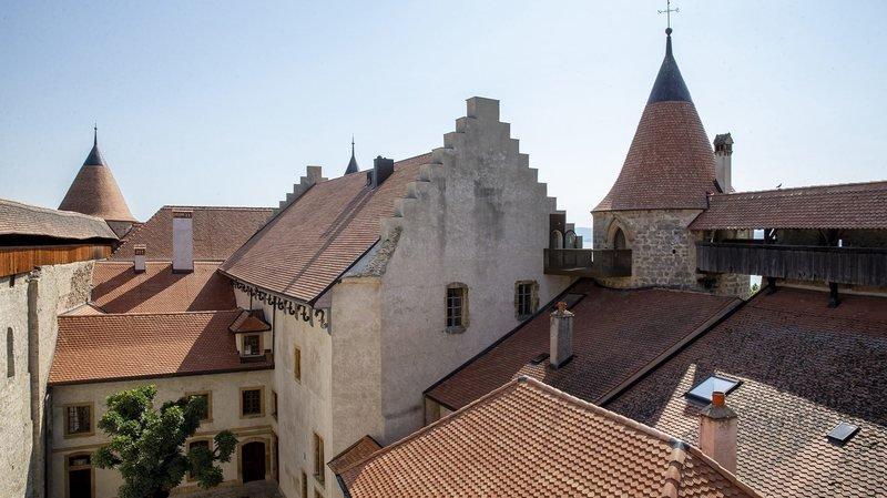 Le château de Grandson, ici en juillet 2019, est le 2e plus grand de Suisse. Il espère, au terme des travaux en cours, devenir également le 2e plus visité du pays, derrière Chillon.