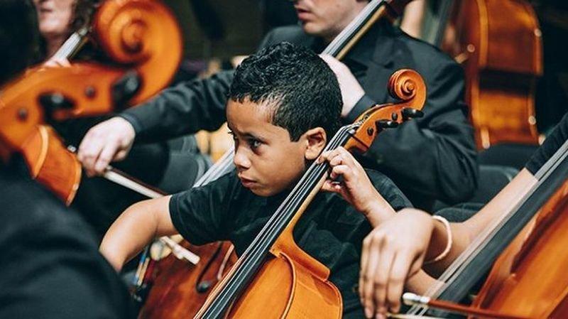 Jouer dans un orchestre favorise le développement d'un enfant