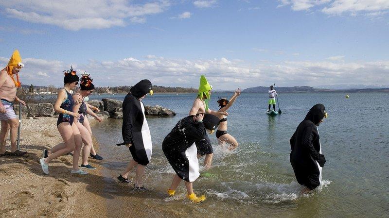De courageux baigneurs de la Frigid'Air des Trempeurs d'Hauterive, le 7 mars 2020.