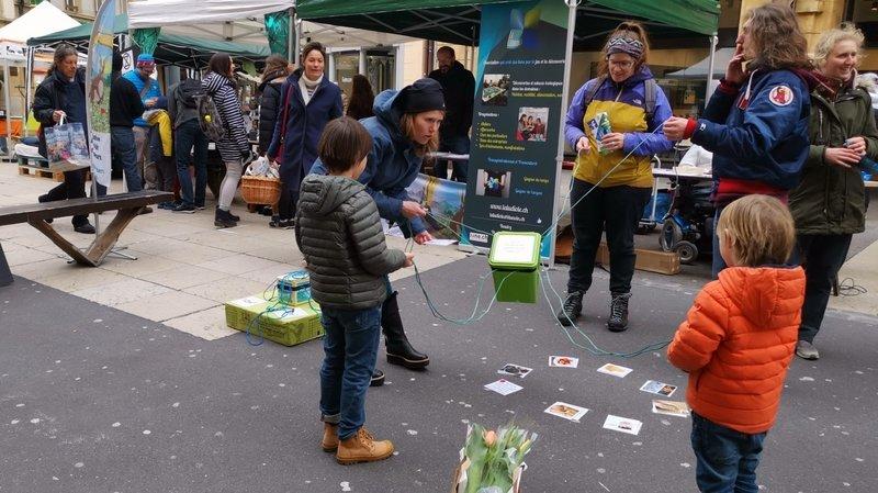 Le Mini-Festival au centre-ville de Neuchâtel, qui s'est tenu le 7 mars. De telles activités en public on pu être maintenues durant la semaine de durabilité.