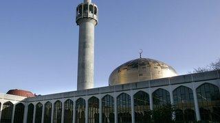 Grande-Bretagne: un homme poignardé dans une mosquée à Londres, un suspect arrêté