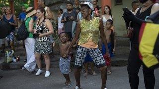 Un Jésus noir enflamme le carnaval de Rio