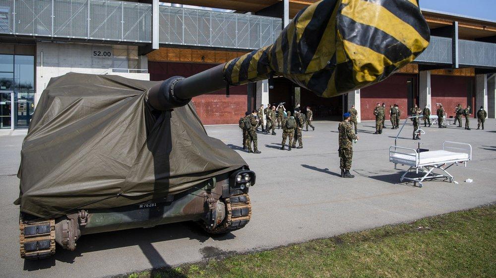 Les chars d'assaut sont en pause à la caserne de Bière.