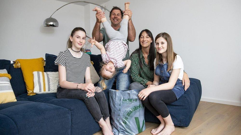 Salomé, Philippe, Erin, Christine et Solène (de gauche à droite) poursuivront leurs efforts pour bannir emballages et détritus divers.