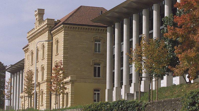 Université de Neuchâtel: examens à distance?