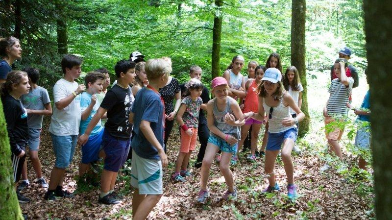 Incertitudes autour des camps d'été lors des vacances scolaires