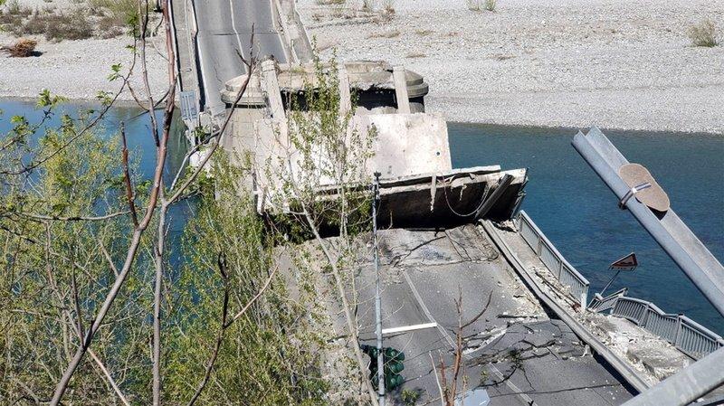 Italie: un pont routier d'ordinaire très fréquenté s'effondre entre Gênes et Florence, un blessé