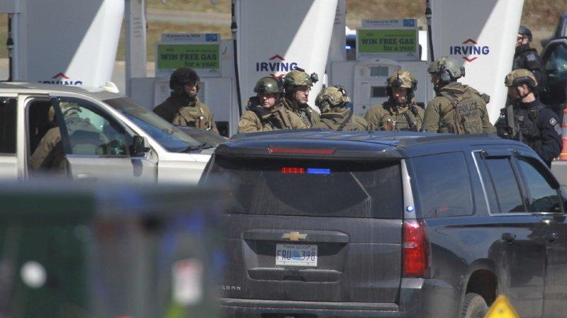 Fusillade au Canada: le bilan s'alourdit à au moins 18 morts, dont une policière