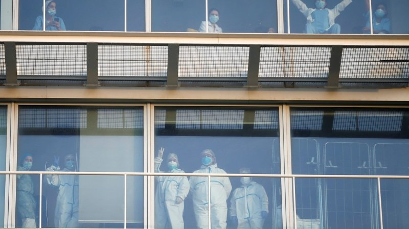Coronavirus: en Espagne, le personnel soignant est particulièrement touché