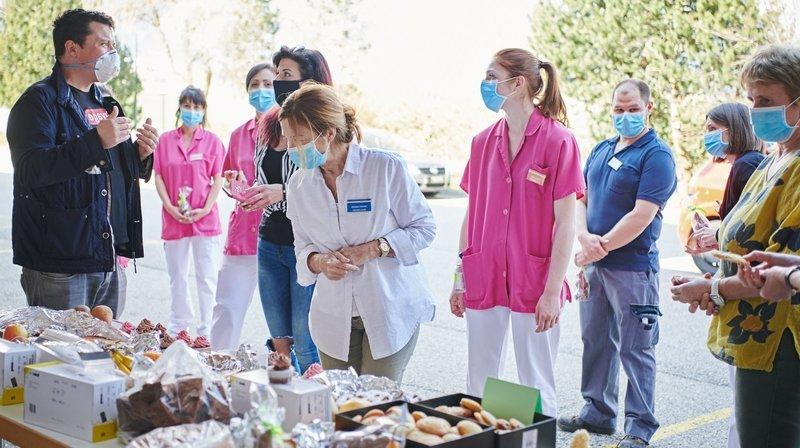 Coronavirus: les Fourmis bénévoles au service des soignants